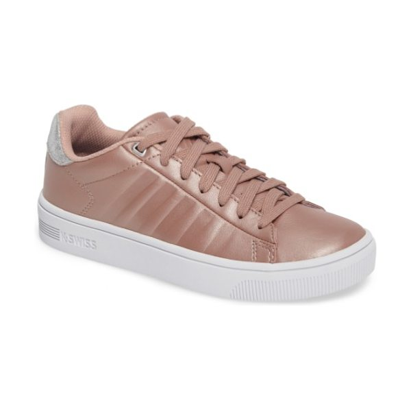 K-Swiss court frasco sneaker in rose/ silver/ white - Inspired by 50 years of K-Swiss court style, this...