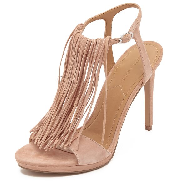KENDALL + KYLIE Aries fringe sandals in light pink - Long, tonal fringe accents the T strap on these smooth...