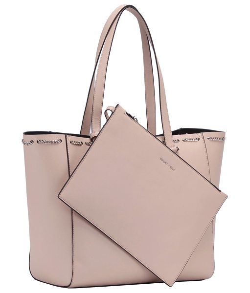 KENDALL + KYLIE Izzy Smooth Chain Tote Bag in cream tan - Kendall + Kylie smooth faux-leather (polyurethane) tote...