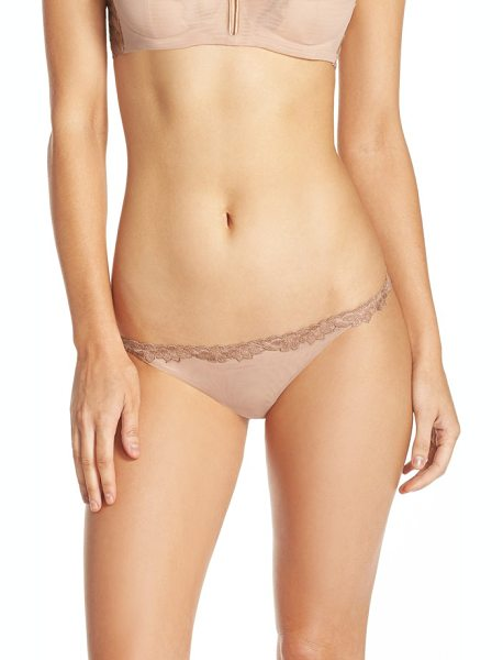 La Perla morgane thong in nude - Floral-embroidered lace wraps the low-slung topline and...