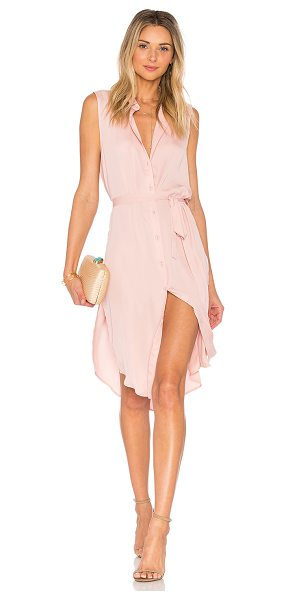 L'Academie The Sleeveless Midi Dress in pink - Infusing a lightweight feel into a traditional piece,...