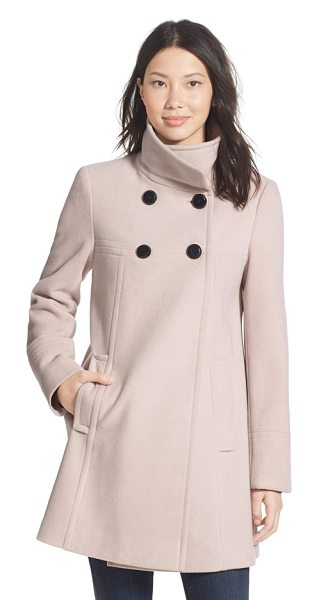 Larry Levine a-line babydoll coat in stone - A tall stand collar converts to a fold-over for a...