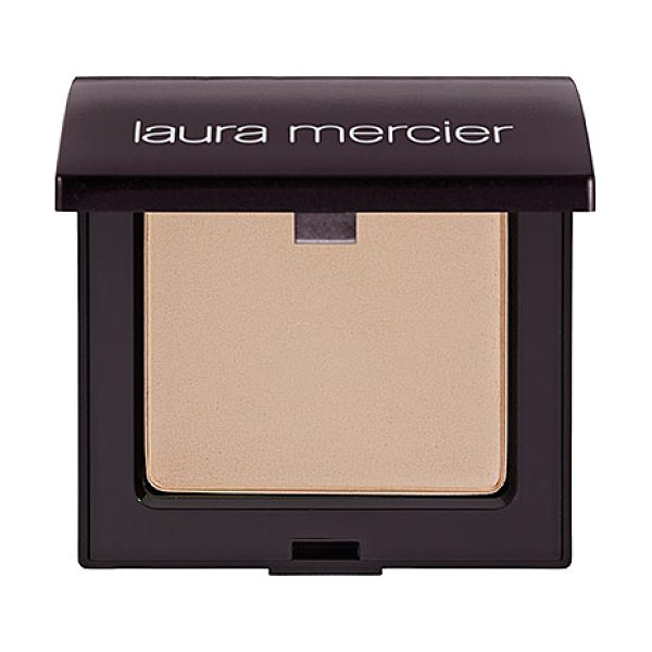 Laura Mercier mineral pressed powder spf 15 natural beige - A creamy pressed powder that gives skin a naturally...
