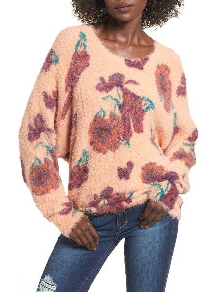 Leith fluffy pullover in coral muted expressive floral