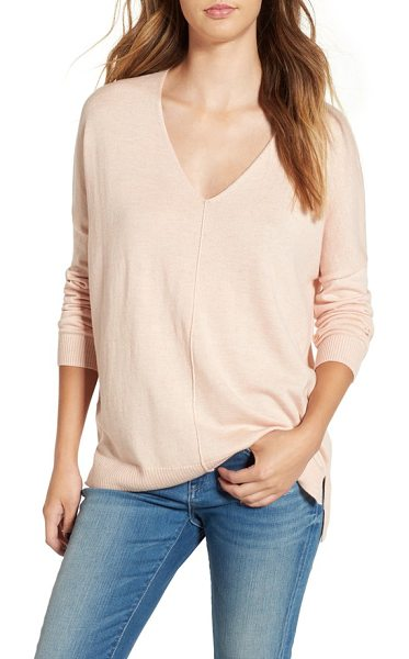 Leith v-neck sweater in pink tan heather - Get ready for the changing of the seasons with a...