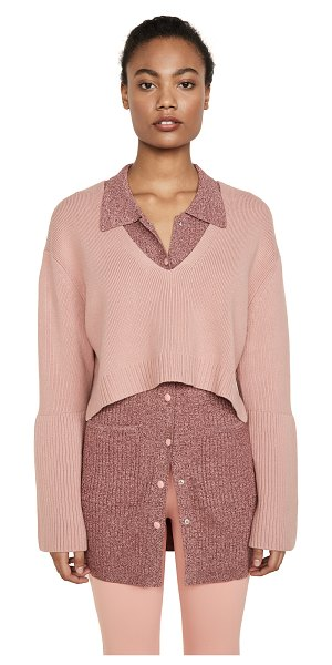 Live the PROCESS high low v neck sweater in canyon clay