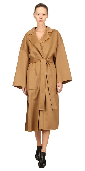 Loewe Oversized wool & cashmere coat in camel - Notched lapels . No closure . Includes matching self-tie...
