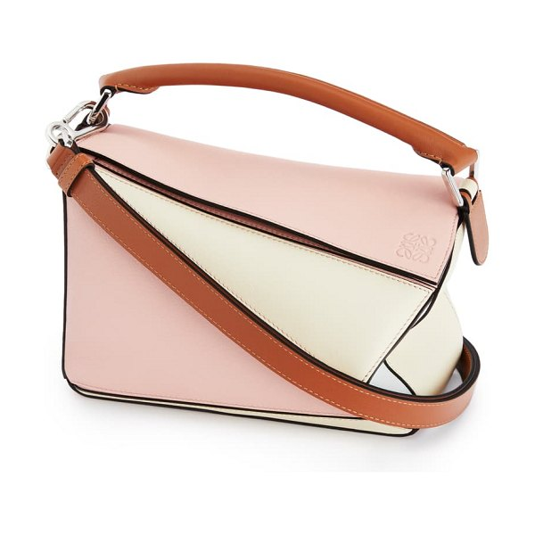 Loewe x paula's ibiza small puzzle leather shoulder bag in pink