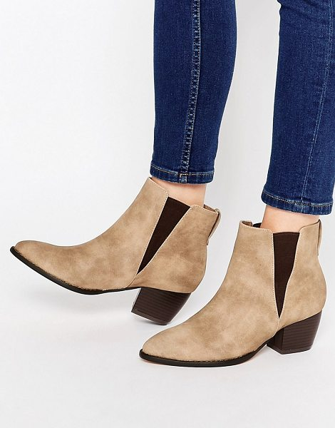 London Rebel Point Chelsea Boots in beige - Shoes by London Rebel, Faux suede upper, Slip-on design,...
