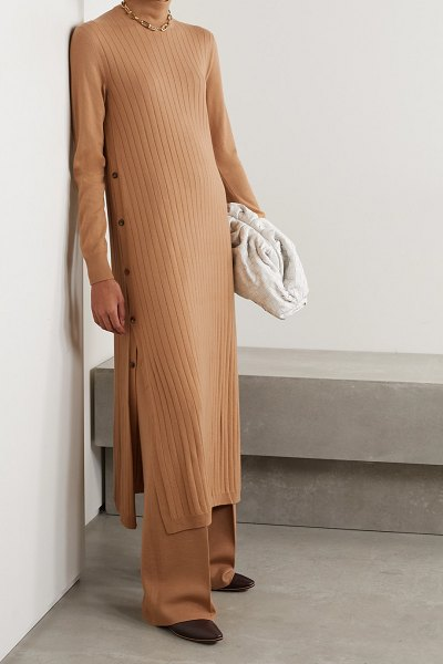 Loro Piana times square ribbed cashmere turtleneck midi dress in camel
