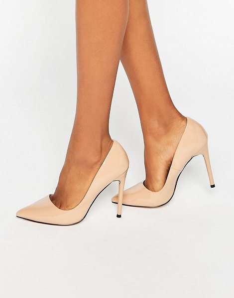 Lost Ink Delila Nude Heeled Pumps in beige - Shoes by Lost Ink, Patent upper, Slip-on style, Pointed...