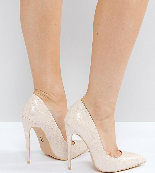 "Lost Ink Wide Fit Abby Nude Heeled Pumps in beige - """"Heels by Lost Ink. Wide Fit, Textured upper, Slip-on..."