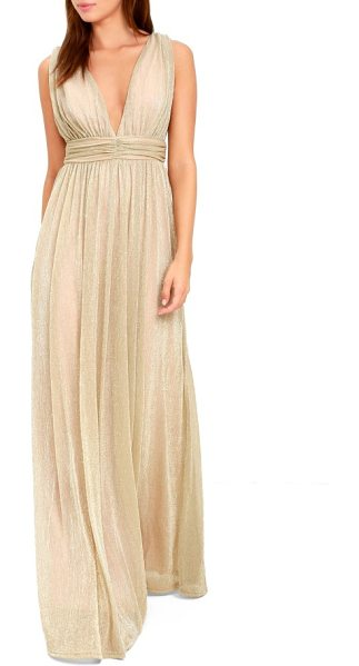 Lulus plunging neck metallic gown in metallic gold