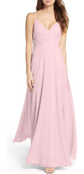 Lulus surplice chiffon gown in dusty lavender - Subtle pleats add flattering dimension to the attractive...