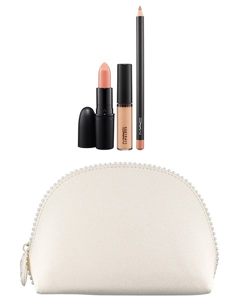 MAC Keepsakes in nude - Give your look the royal treatment with the Keepsakes...