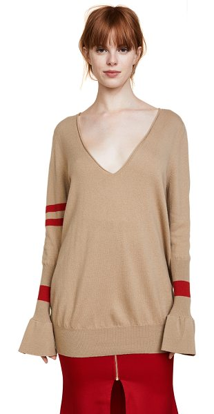 Maggie Marilyn hold your own boyfriend sweater in camel - This lightweight wool Maggie Marilyn sweater has a...