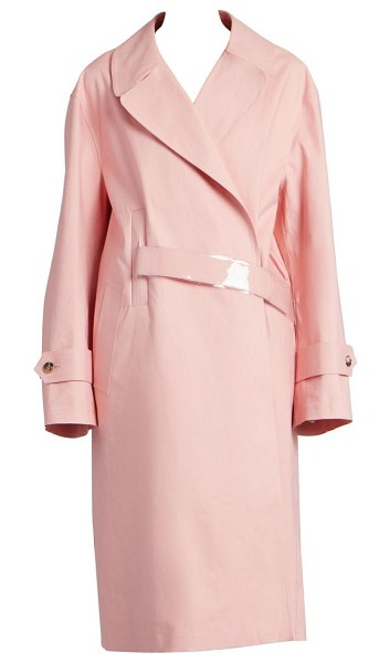 MAISON MARGIELA woven cotton trench in pink - This rich cotton trench coat presents a masculine-style...