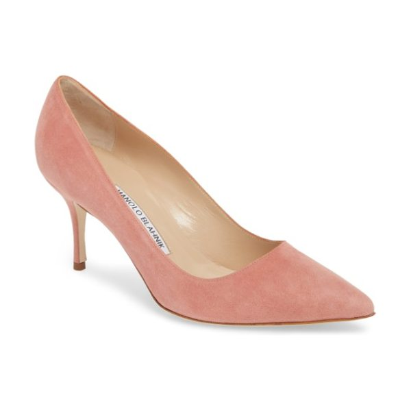 MANOLO BLAHNIK bb pump in medium blush suede - Simply gorgeous: A classic pointy-toe pump in lush suede...