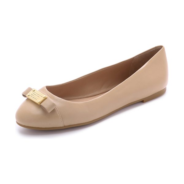Marc by Marc Jacobs Tuxedo logo plaque flats in nude - An embossed logo plaque and structured bow detail the...
