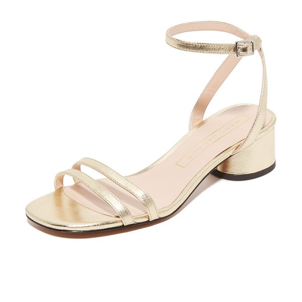 Marc Jacobs olivia city sandals in gold - Delicate straps compose these metallic leather Marc...