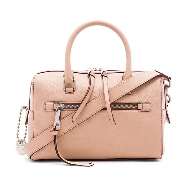 Marc Jacobs Recruit bauletto bag in beige - Leather exterior with nylon fabric lining. Zip top...
