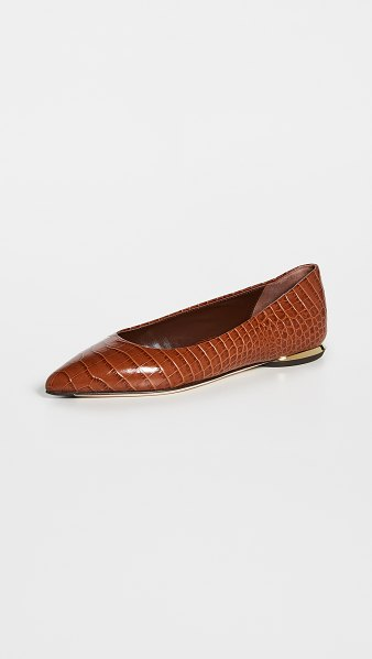 Marion Parke must have flats in camel