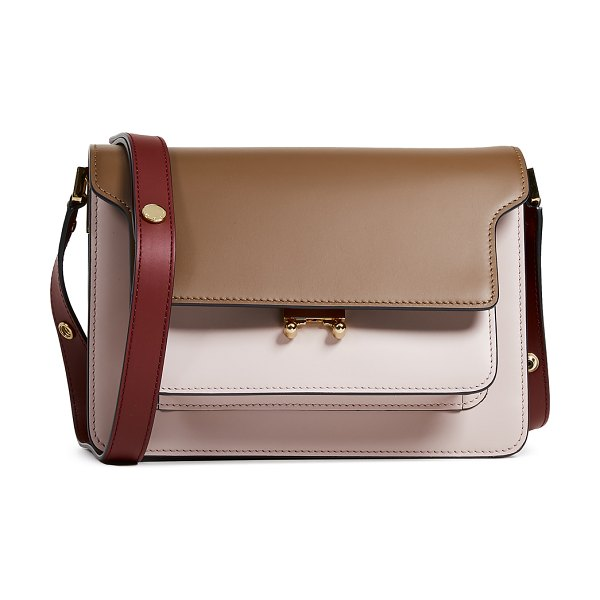 Marni crossbody bag in gold brown/quartz/black cherry - Leather: Calfskin Magnetic at front Patch back pockets...