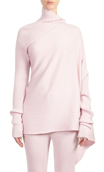 MARQUES ALMEIDA asymmetric wool sweater in pale pink