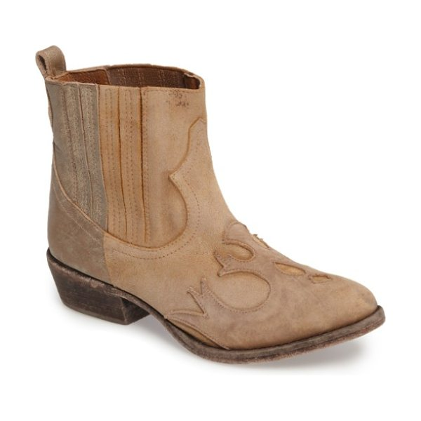 Matisse royston bootie in natural leather - A classic Chelsea boot is updated with Western-inspired...