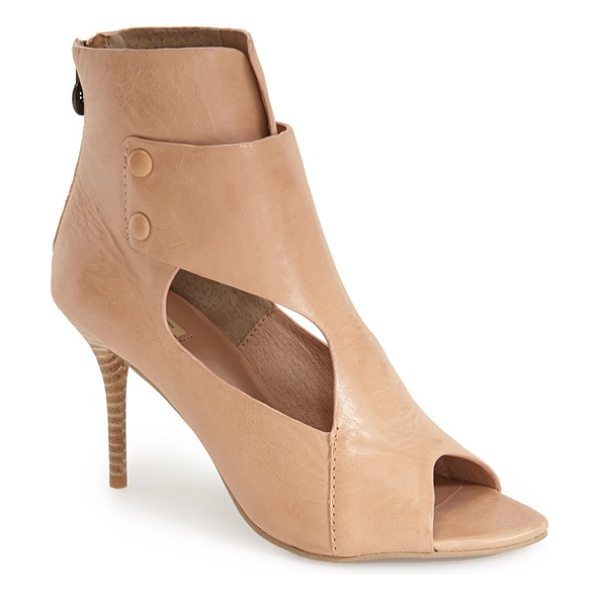 MAXSTUDIO wisp cutout bootie - A buttoned overlay detail references classic granny...
