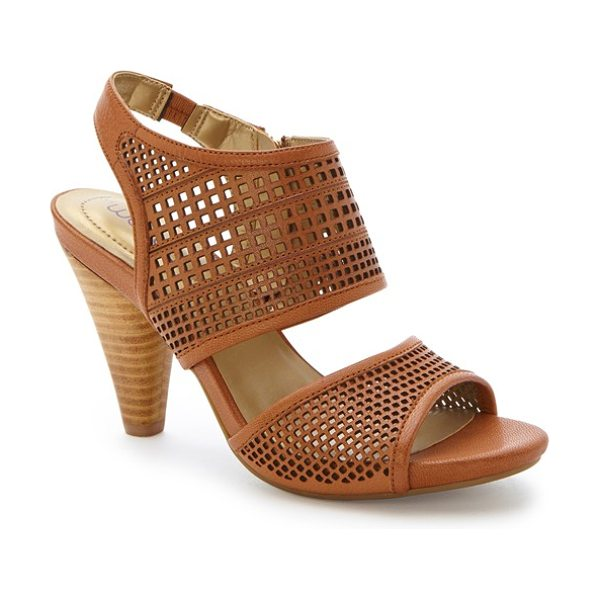 Me Too dixie sandal in sandalwood leather - A memory foam-cushioned heel adds optimal comfort to a...