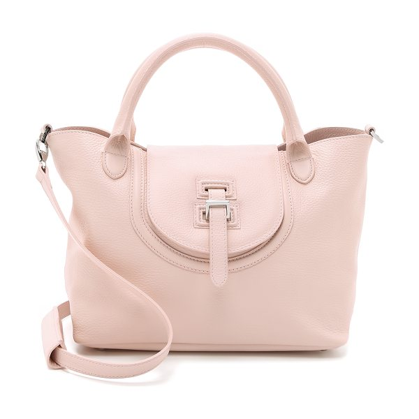 meli melo Classic medium thela halo bag in pastel pink - A wrinkled leather meli melo handbag with a slouchy...