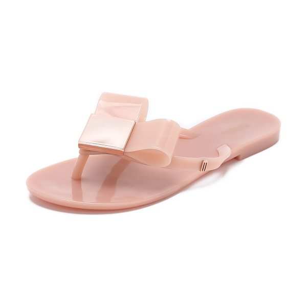 Melissa Harmonic flip flops in light pink - Melissa flip flops with a glossy finish. A high shine...