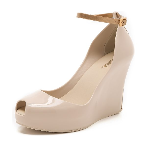 Melissa Patchuli wedges in beige/gold