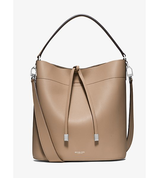 Michael Kors Collection Miranda Large Leather Shoulder Bag in natural - With A Spacious Silhouette Our Large Miranda Shoulder...