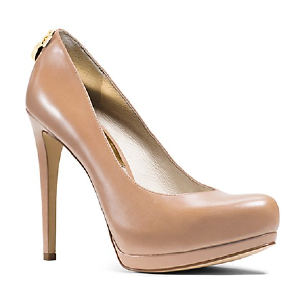 Michael Kors Hamilton Leather Pump in brown - Get A Leg Up On Style With Our Hamilton Pumps. Elegantly...