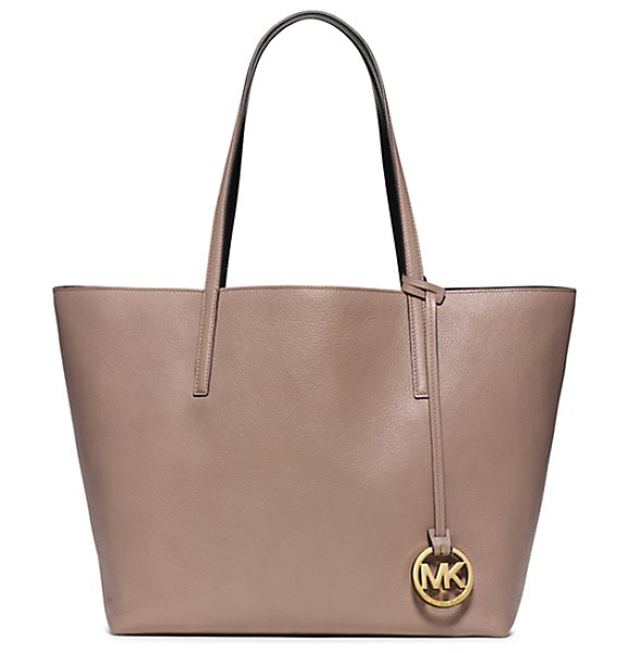 MICHAEL KORS Izzy large reversible leather tote handbag - There's beauty in the basics. Case in point our...