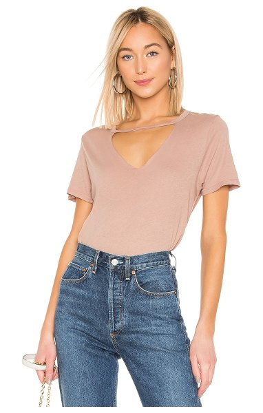 Michael Lauren bronx tee in warm taupe