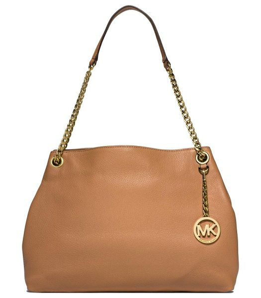 MICHAEL MICHAEL KORS Jet set chain shoulder bag in peanut - Designed with just a hint of slouch, this buttery-soft...