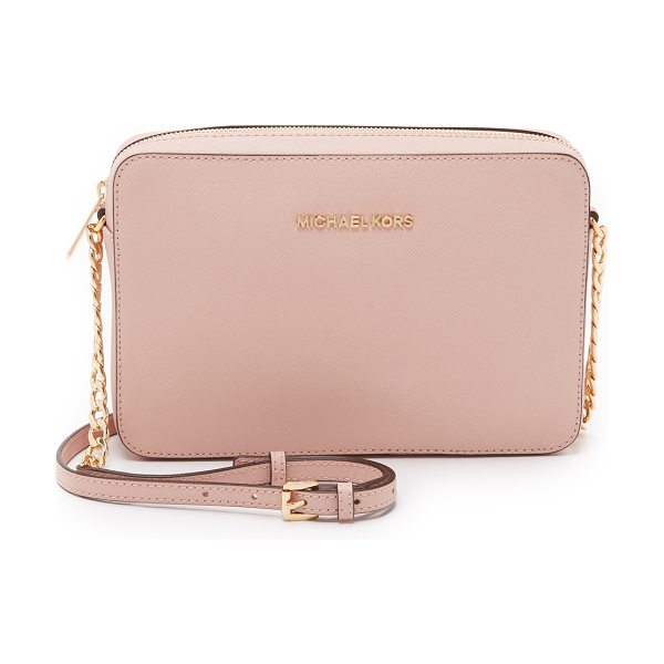 MICHAEL MICHAEL KORS Jet set large cross body bag in ballet - An elegant MICHAEL Michael Kors cross body bag rendered...