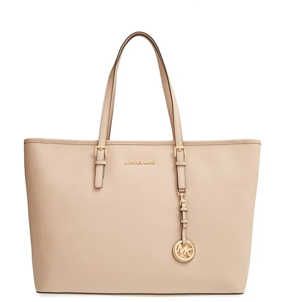 MICHAEL Michael Kors Medium multifunction tote in pearl grey - Richly textured Saffiano leather sculpts a versatile...