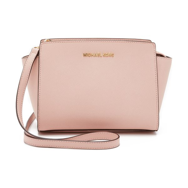MICHAEL MICHAEL KORS Selma medium messenger bag in ballet - Sturdy saffiano leather and gold tone hardware bring...