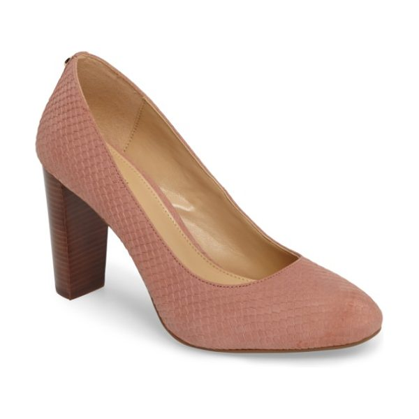 MICHAEL MICHAEL KORS susan flex pump - A wardrobe staple, this classic pump features a round...