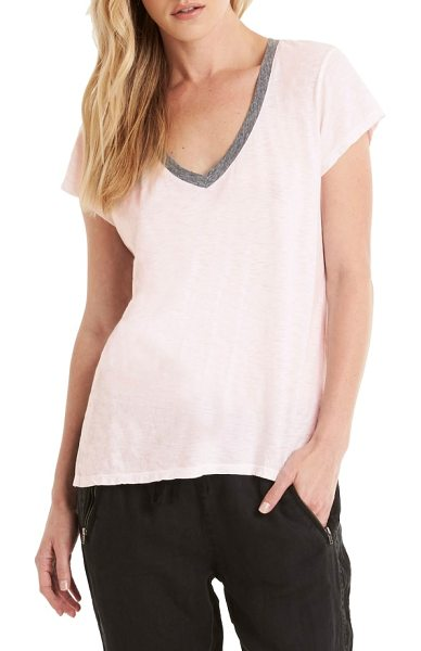 Michael Stars contrast v-neck tee in barely pink - Contrast trim highlights the flattering V-neck of a cute...