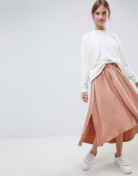 Minimum moves by  uneven hem midi skirt in goldensierra