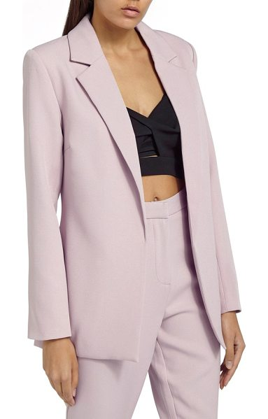 MISSGUIDED boyfriend blazer in pink - The longer, slightly oversized fit of this polished...