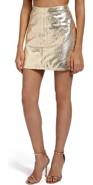 MISSGUIDED crackled metallic miniskirt in gold - Reflect every spotlight pointed your way in this...