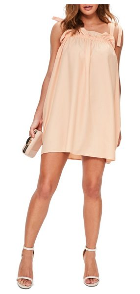 MISSGUIDED tie detail scrunch dress in peach - Stay cool and look hot in a short and sweet trapeze...