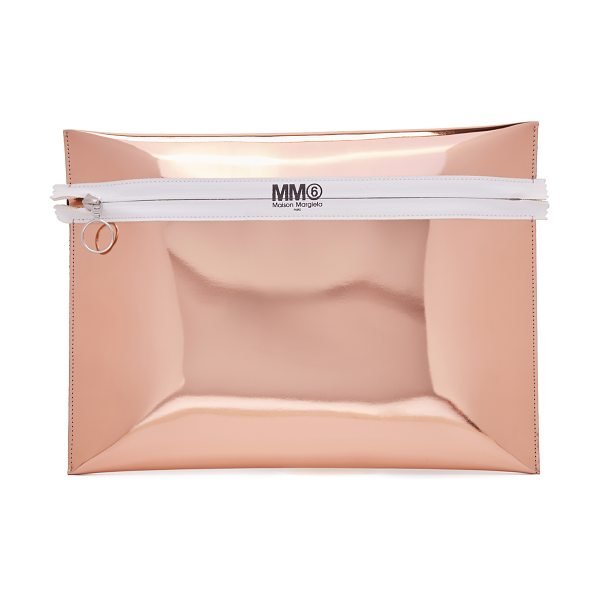 MM6 MAISON MARGIELA mirror clutch in light pink - Mirrored faux leather brings a glamorous touch to this...