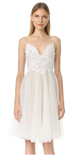 Monique Lhuillier Bridesmaids kylie v neck dress in silk white/nude - An elegant Monique Lhuillier dress made from airy layers...